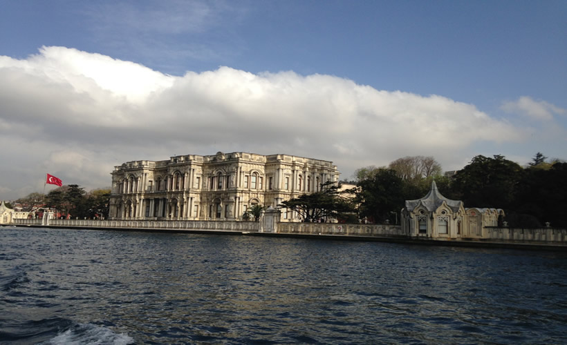Bosphorus Cruise Tour Beylerbeyi Palace