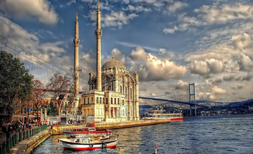 Bosphorus Cruise Tours in Istanbul Turkey Ortakoy